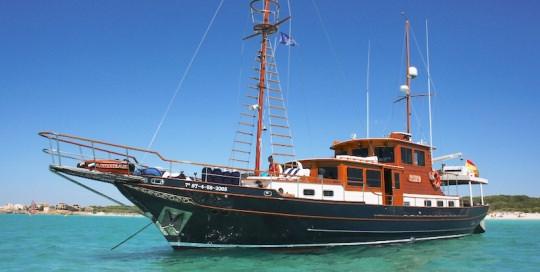 Yacht in Puerto Andratx